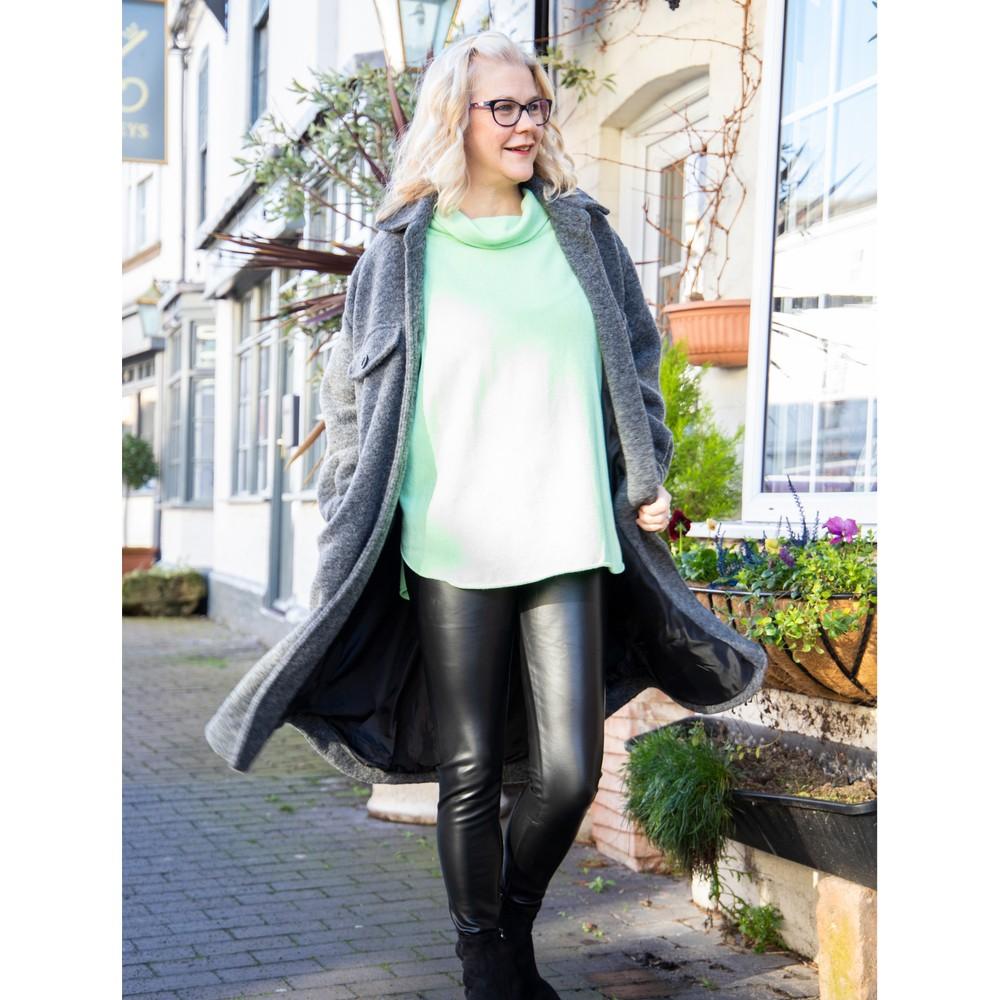 Amazing Woman Stella Faux Leather Leggings Black