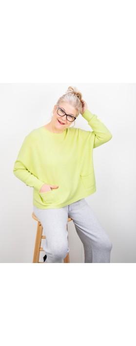 Amazing Woman Jodie Front Pocket Supersoft Knit Jumper Pistachio