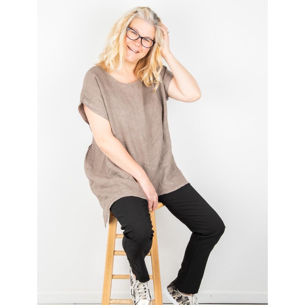 Amazing Woman Melia Short Sleeve Linen Top Fango