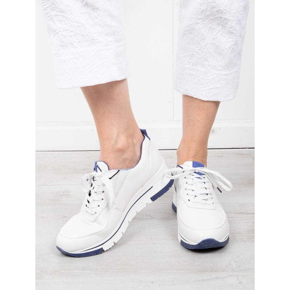 Tamaris Nelle Trainer Shoe White / Royal