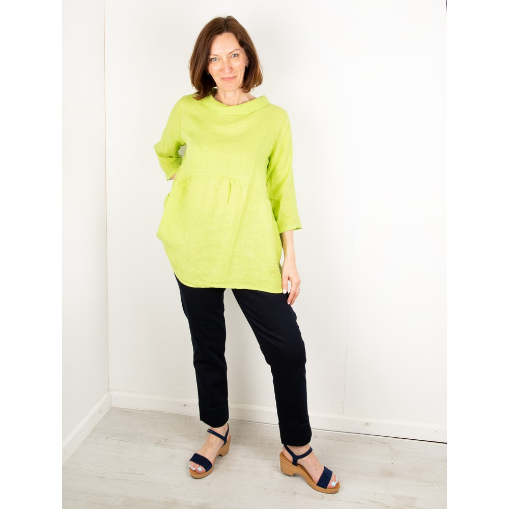 Amazing Woman Lexia Linen Top Lime
