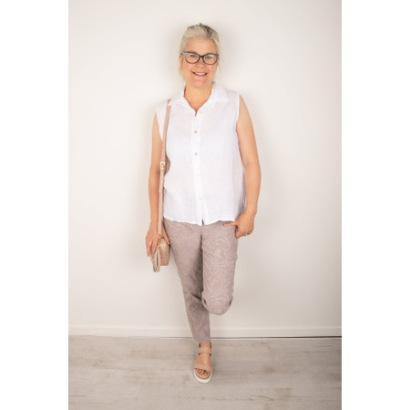 Amazing Woman Steffi Shirt - White