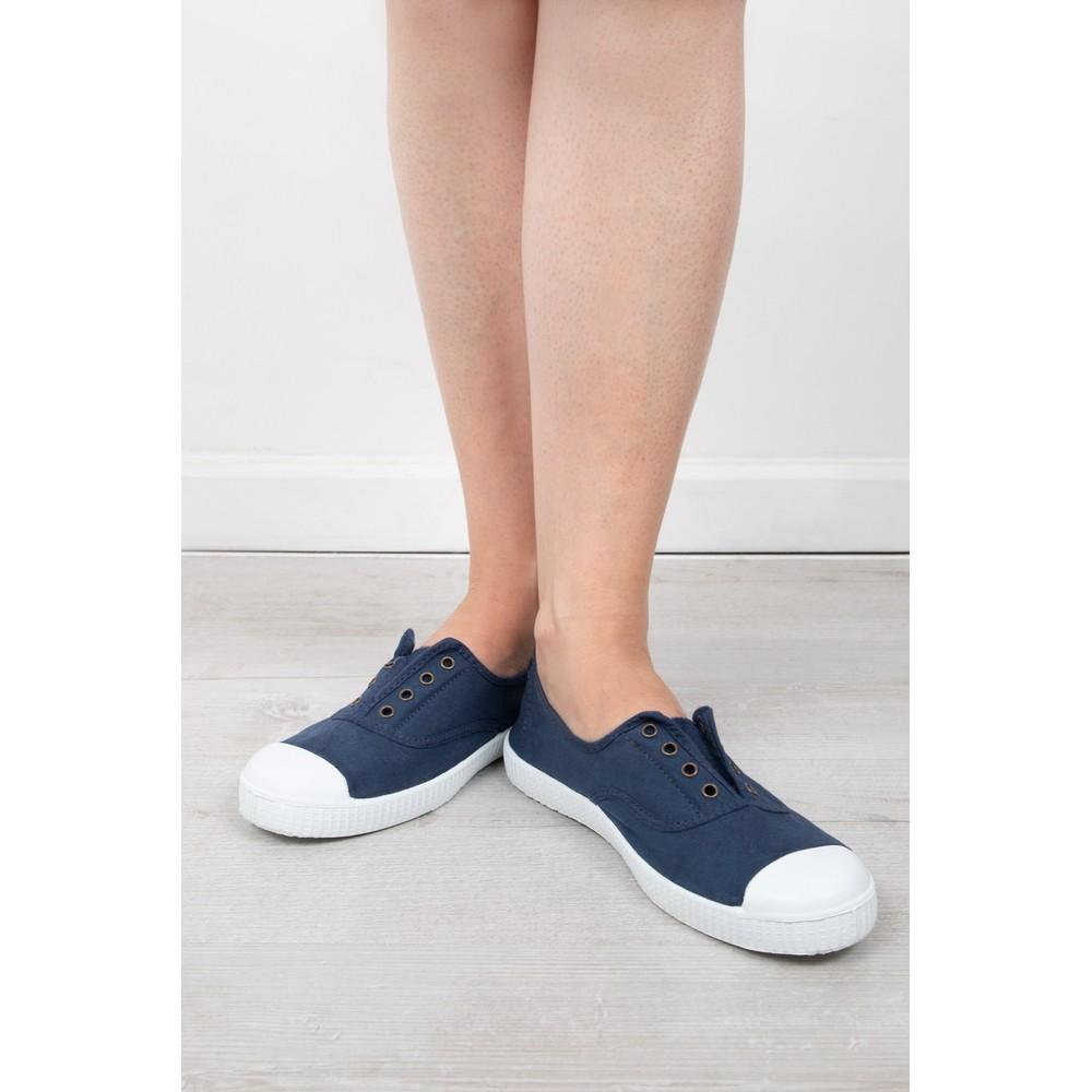 Victoria Shoes Dora Navy Organic Cotton Washable No Lace Pump Marino Navy 30