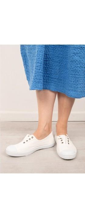 Victoria Shoes Dora White Organic Cotton Washable No Lace Pump Blanco White 20