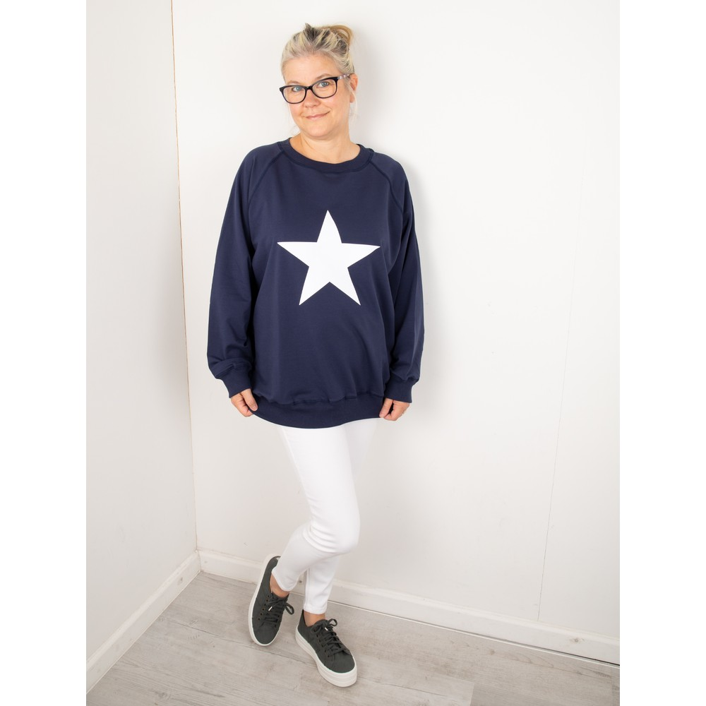 Chalk Nancy Star Oversized Comfy Sweatshirt Navy / White