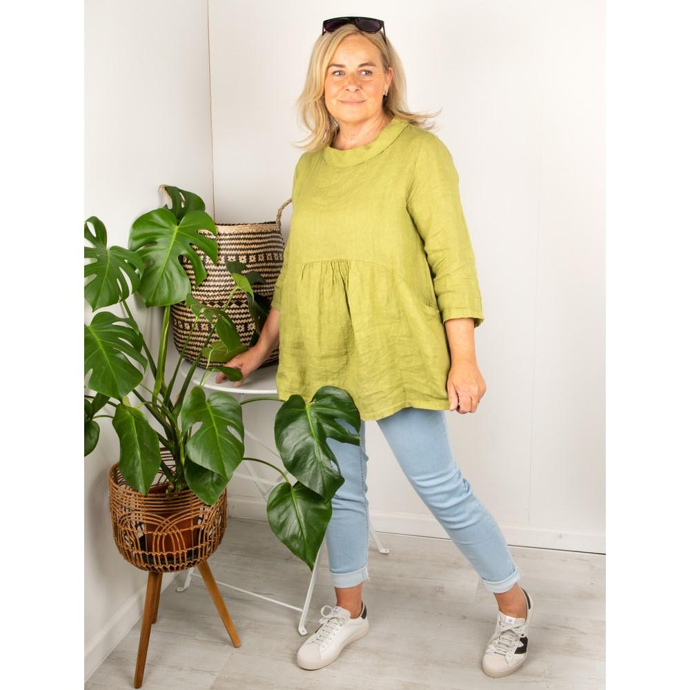 Amazing Woman Lexia Linen Top Green Anis