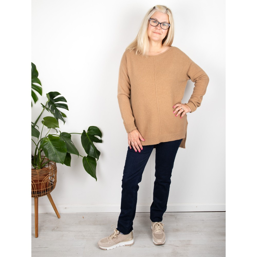 Amazing Woman Maggie Seam Front Supersoft Jumper Caramel