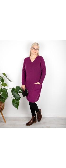 Amazing Woman Pollie V Neck Dress Plum
