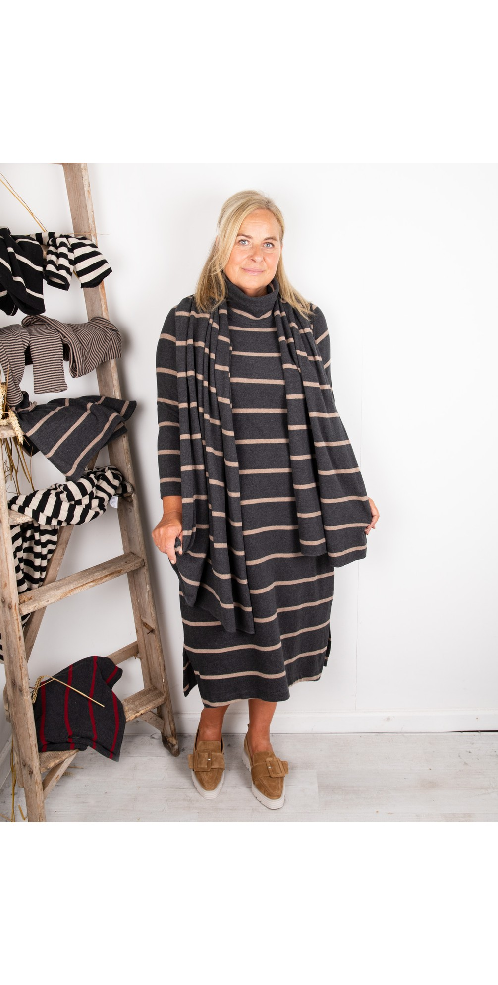 Tiramisu RG Wide Stripe Fleece Dress main image