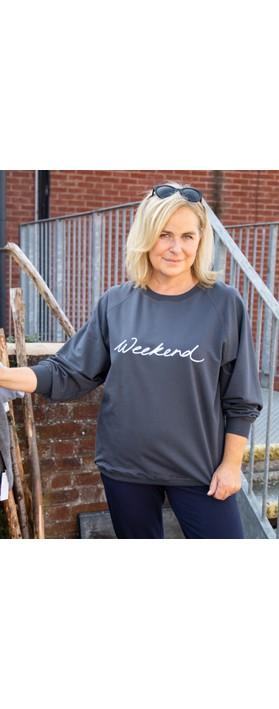 Chalk Nancy Weekend Oversized Comfy Sweatshirt Navy / White