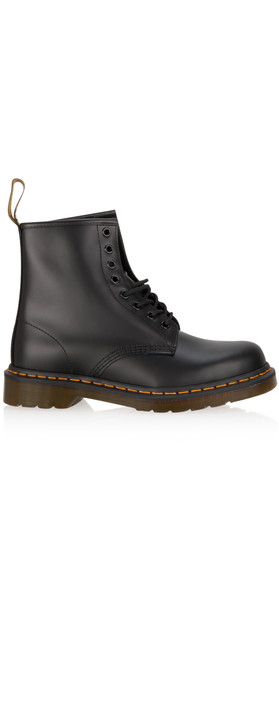 Dr Martens  Classic Smooth Boot Black